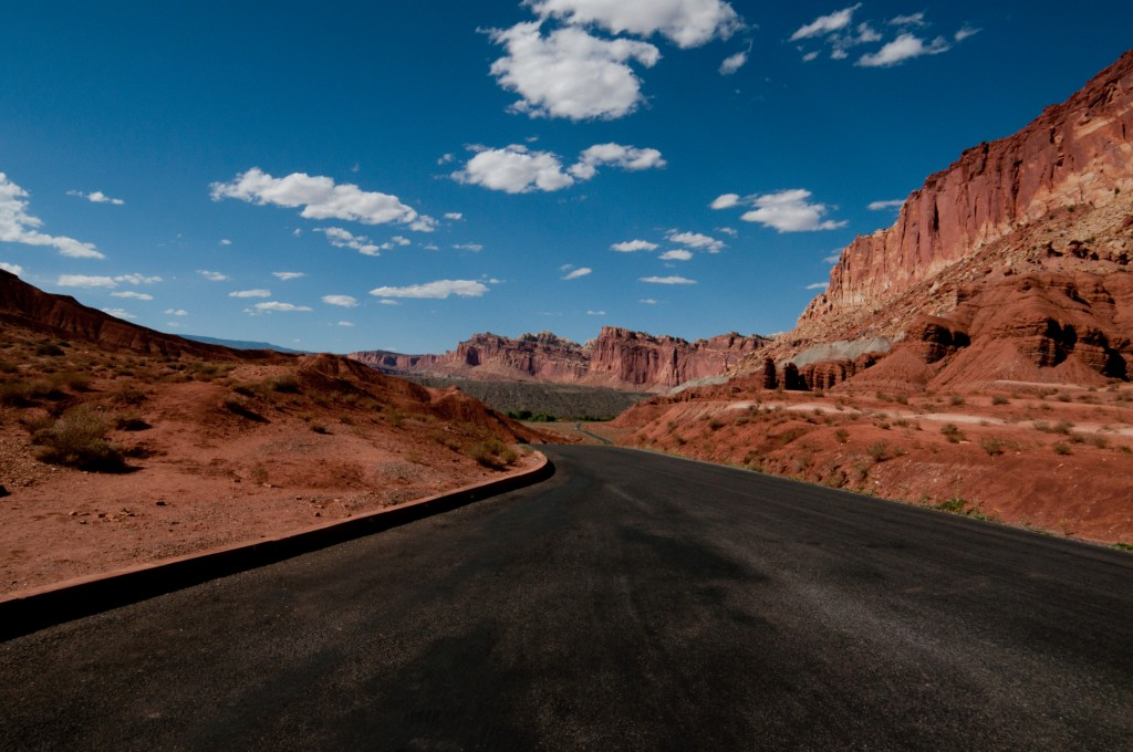 capitolreef-scenicroad